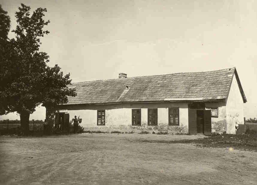 Budova starého hostinca v roku 1925